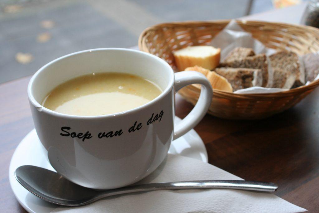 Antwerpen - eine heisse Suppe wärmt