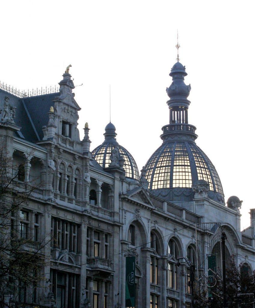 Antwerpen - Prachtbauten am Meir-Boulevard