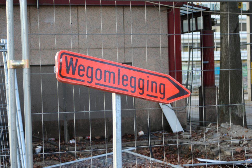 Antwerpen - allerorten Baustellen mit Umleitungen
