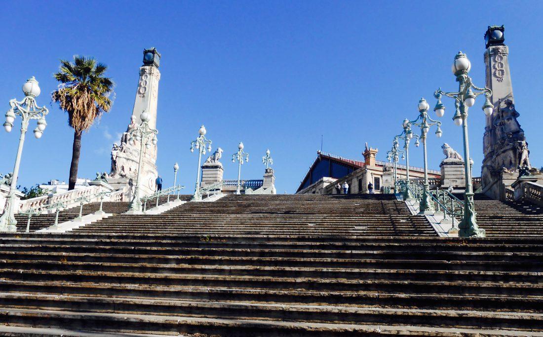 Marseille_escalier monumental de la gare st charles