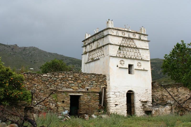 weitblickreisen_Griechenland_Taubenhäuser_stehen_auf_Andros_und_Tinos